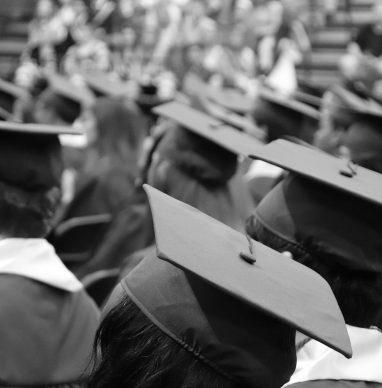 Photo remise des diplômes noire et blanche